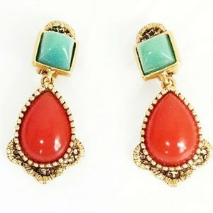 Signed Drop earrings by Oscar de la Renta